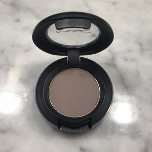MAC copperplate Matte eye shadow